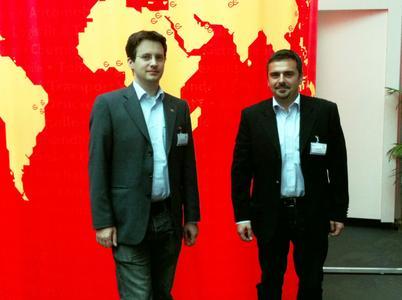 Marco Gebhardt (Gebhardt Fördertechnik) und Jacques Adem (Log Square)