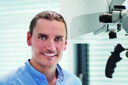 Dr. Daniel Hellmann, Spezialist der Deutschen Gesellschaft für Funktionsdiagnostik und –therapie und niedergelassener Zahnarzt im Aalener Wirtschaftszentrum