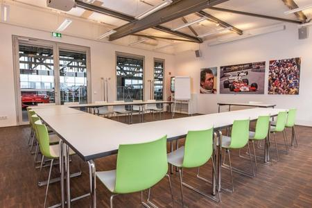 Jochen-Maas Lounge