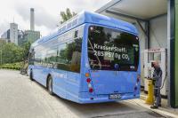 Müll macht mobil: An der städtischen AWG Müllverbrennungsanlage wird über ein Elektrolyseur Wasserstoff gewonnen, der die schadstofffreie Busflotte der Wuppertaler Stadtwerke antreibt