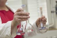 Besser lernen durch Chemie-Experimente