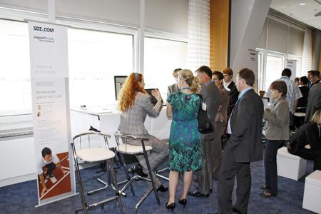 Auf großes Interesse stießen schon im vergangenen Jahr die Infopoints. Dort konnten sich die Besucher direkt bei Firmenvertretern über die jeweiligen Projekte informieren