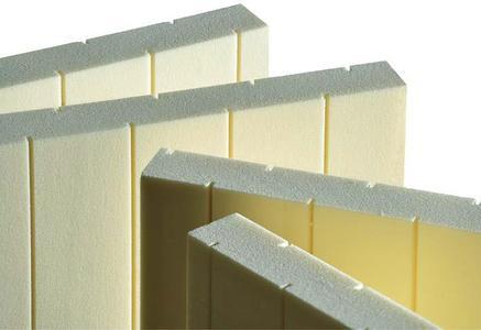 Professionell, zuverlässig, maßgenau: foradur Plattenzuschnitte für die Fertigung von Haustürfüllungen / Abbildung: puren