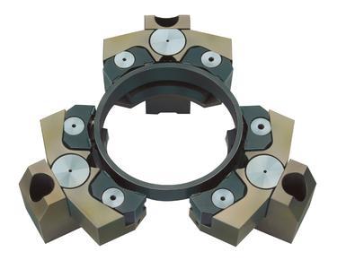Pendelbacken, wie dieses 12-Punkt-Pendel von SCHUNK, gibt es zur Innen- oder Außenspannung