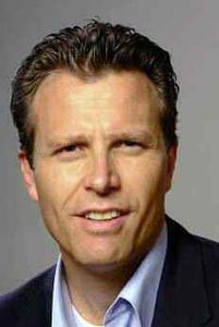 Philipp Sander ist Marketing & Vertriebsdirektor und Mitglied der Geschäftsleitung der Scalaris AG