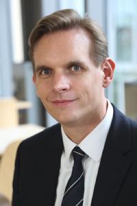 """Dirk Bingler, CEO der der GUS Deutschland GmbH: """"Die Kennzeichnung von Lebensmitteln wird zunehmend zur Standardanforderung für Lebensmittelhersteller. Mit der GUS-OS Suite gelingt dieser Vorgang nun automatisiert und ohne Brüche."""""""