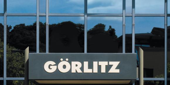 GÖRLITZ Logo-Fensterfront