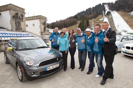 BMW Group Efficient Dynamics Rallye, C. Langen, Rosi Mittermaier, P. Behle, K. Witt, C. Neureuther, G. Hackl, A. Resch und T. Schmid, Bürgermeister von Garmisch-Partenkirchen