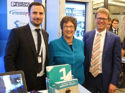 Karsten Hunger VDE, BM Brigitte Zypries, Thomas Winzer INOSOFT (von links nach rechts)