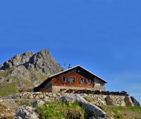 Wohliges Raumklima auf der Fiderepasshütte
