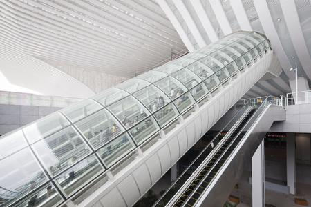 The whole site is divided into three parts: the high-speed rail station house, East Plaza and West Plaza – connected by escalators from ThyssenKrupp