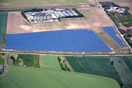 Luftaufnahme des Solarpark Weißenfels von Green City Energy