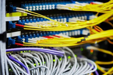 Ein patentiertes Netzwerk von (extern betriebenen) DDoS-Filtern verbessert die Abwehr von Überlastungsattacken (© Link11)