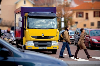 Renault Trucks liefert den 100.000-sten Midlum