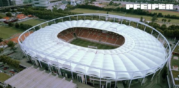 Ausschnitt aus dem neuen Projektfilm über den Umbau des Stadiondachs der Mercedes-Benz Arena in Stuttgart