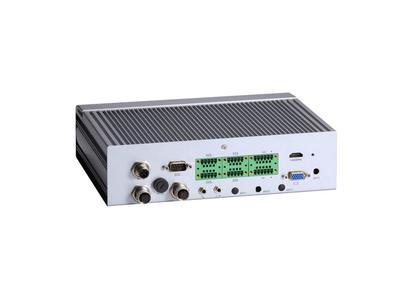 AXIOMTEKs tBOX323-835-FL  EN50155-zertifizierter, lüfterloser Box-PC für den Eisenbahnsektor
