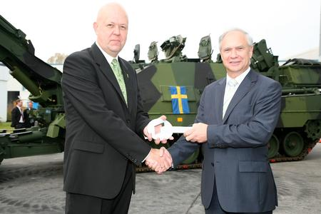 Rheinmetall transfers first Kodiak armoured engineering vehicle to Sweden