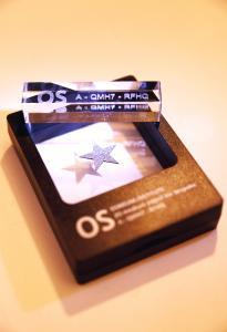 Osmium-Star mit dazugehörigem OIC