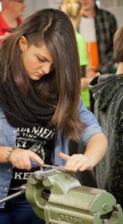 Besonders erfreulich ist das hohe Interesse von  Mädchen an technischen Berufen