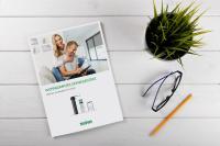 Innovative SELVE-Produkte mit intelligenten Features – wie beispielsweise das Funksystem commeo – machen Kunden das Leben einfacher: Dazu passend wurde das Erscheinungsbild des Logos auf das Wesentliche reduziert. Es ziert fortan alle Broschüren sowie Flyer von SELVE. Foto: SELVE