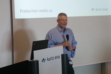 """Kurtz Ersa-CEO Rainer Kurtz beim """"Denker treffen Lenker""""-Innovationsdialog in Kreuzwertheim-Wiebelbach"""
