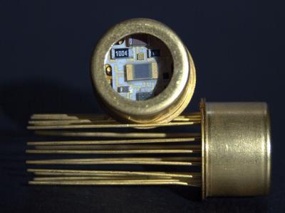 IDA-Detektoren mit integriertem Vorverstärker