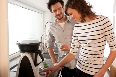 Ob Zanderfilet oder Vanillemousse: Liebe geht durch den Magen – mit dem Thermomix von Vorwerk auch noch lange nach der Hochzeit (Quelle: Vorwerk)