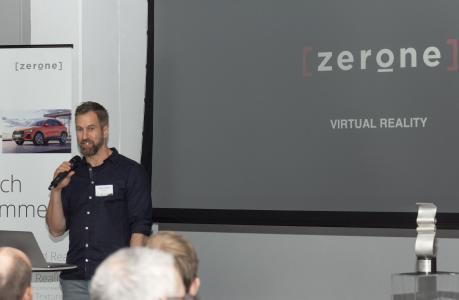 Tobias Aderhold, CEO von [zerone] bei seinem hochkarätigen Vortrag
