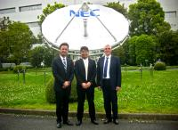 The aim is to further expand their cooperation in Europe with this representation agreement (from left): Thomas Klein, CEO MSC Group, Tomokazu Ito, General Manager Fiber Optic Devices Division NEC and Klaus Hagenacker, Managing Director Gleichmann Electronics