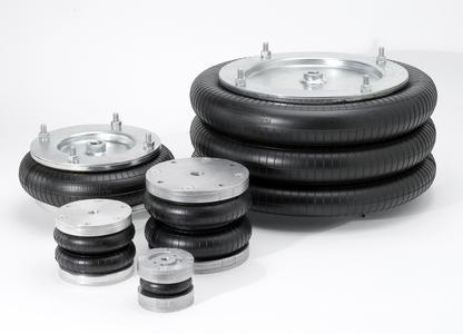 Aluminium macht sie leichter, die Demontierbarkeit flexibler und vier Befestigungsbolzen sorgen für starken Halt: Mit der D-Typ-Reihe stellt ContiTech Balgzylinder vor, die für Anwendungen in vielen Industriebranchen geeignet sind (Foto: ContiTech)