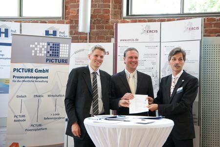 v.l.: Dr. Lars Algermissen, Dr. Michael Breidung, Prof. Dr. Jörg Becker