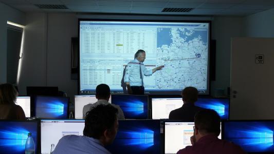 Der neue Schulungsraum der LIS AG in Greven ist mit der modernsten Technik ausgestattet (Foto: LIS)