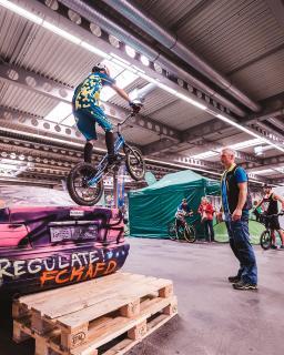 BMX-Trick (c)Christopher Schmid