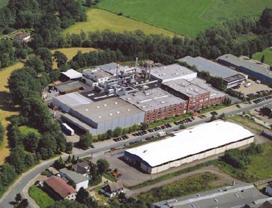 Im Werk Wipperfürth produziert POLIFILM PROTECTION jährlich ca. 235 Mio. Quadratmeter selbstklebende Folien / Foto: POLIFILM