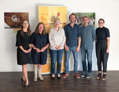 Das Projektteam (von links nach rechts): Carola Veit (Vorstand JEW), Ulrike Kutsch (Geschäftsführung JEW), Martina Gehrken (Vorstand JEW), Carsten Wode (Geschäftsführung JEW), Jörg Winter (Vorstand JEW), Aileen Schmuck (Senior Beraterin, UNITY)