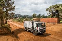 Seit 2012 entsendet Renault Trucks eine mobile Schulungseinheit sowie Mitarbeiter nach Afrika, um deren Know-how durch Schulungen an die Teams vor Ort weiterzugeben.