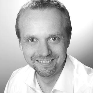 Dirk Jonsson ist der neue Geschäftsführer der deutschen Niederlassung des finnischen Arbeitsplatz-Einrichters Treston. Der 47-Jährige kommt aus dem Automotive-Bereich