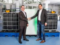 CMBlu and MANN+HUMMEL partner up on sustainable large-scale battery storage for the energy transition