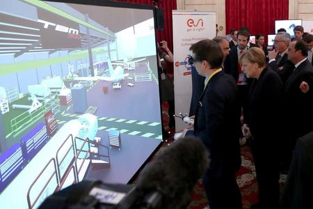 ESI demonstrates Daher's use of its Virtual Reality solution ESI IC.IDO at the Elysée Palace (©Présidence de la République/ C.Alix)
