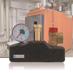 The new AFRISO KSG boiler safety group assembly is part of the safety equipment of heating systems; it can be used in sealed heating systems as per EN 12828 for heating capacities of up to 50 kW or 100 kW, depending on the version. Mounting time and effort are low. (Photograph: AFRISO)
