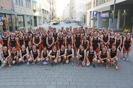 Starkes Team - STILL startet mit 74 Teilnehmern beim Hamburg Triathlon / Foto: STILL GmbH