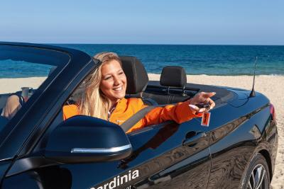 Dream cars under the Mediterranean sun: Sixt starts exclusively with BMW and MINI in Sardinia