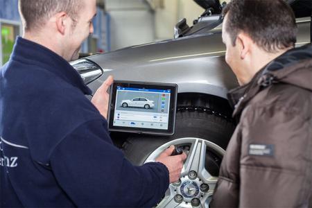 Der Mobile Service Advisor Im Autohaus Bald Ag Proaxia Consulting