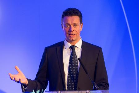 Felix Blank, Vice President Product Strategy bei Secucloud, bei der Award-Verleihung in London