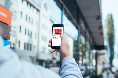 Mehr Kundenbindung mit LS NAV. Die Retail-Komplettsoftware für den Filial- und Einzelhandel bringt mobile Apps für Loyality-Programme mit.