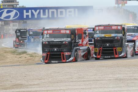 Auch das letzte Rennen der Truck Grand Prix-Saison 2010 war von vielen spektakulären Manövern geprägt
