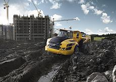 ContiTech has developed a hydraulic bushing for the full-suspension type of articulated hauler, which can withstand particularly challenging conditions on construction sites (Photo: Volvo CE)