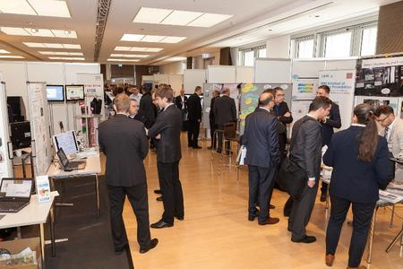 Mehr als 50 externe Unternehmen, Forschungseinrichtungen und Hochschulen präsentierten ihre neuesten Entwicklungen und Forschungsaktivitäten bei Schaeffler in Herzogenaurach