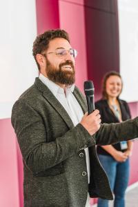 IIT 2018 München: Microsoft Team Digital Transformation - Keynote mit Hillary Batchelder und Grant Kalil.