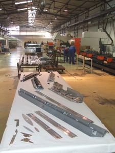 FEAL fertigt mit verschiedenen elumatec-Stabbearbeitungszentren eine breite Produktpalette